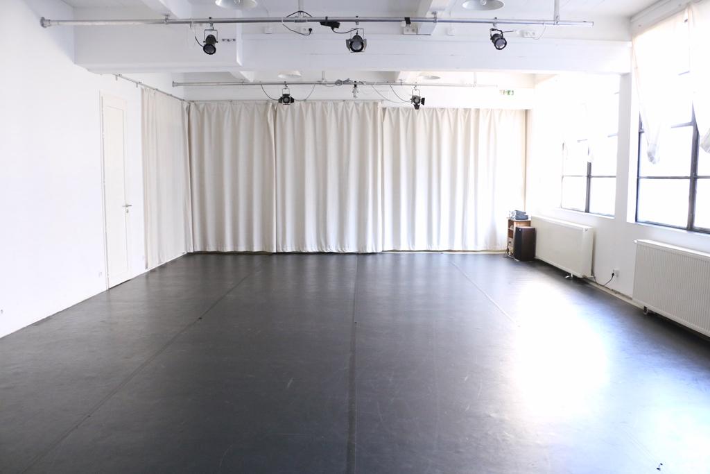 Salle Laura Benson - vue de scène centrale